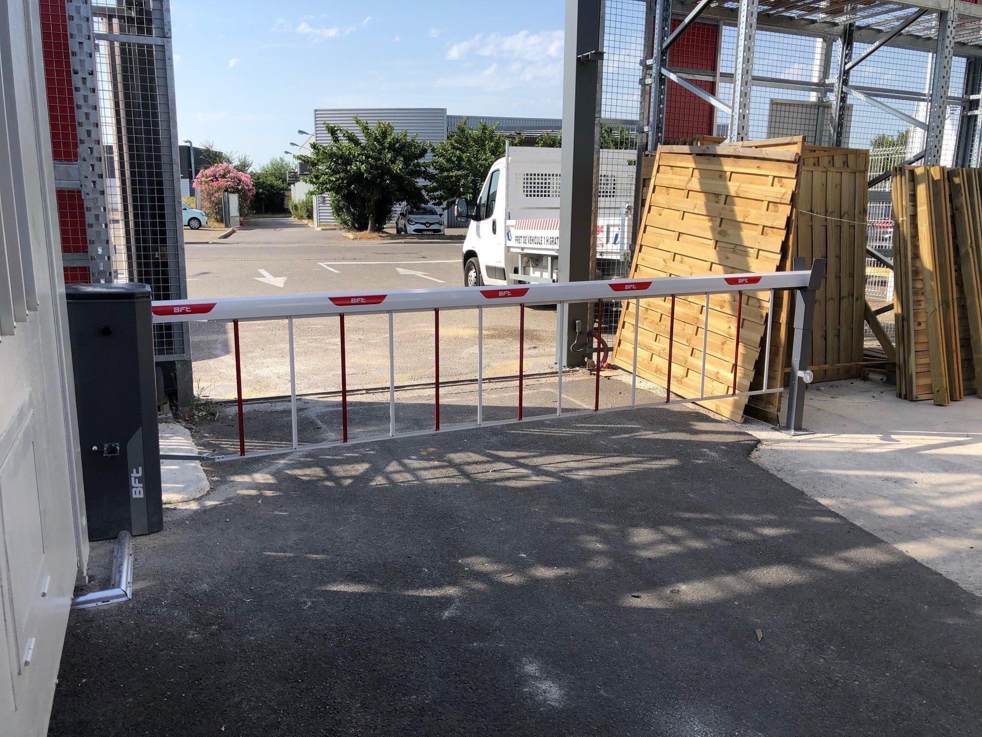 barrière avec herse